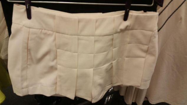 O shorts que achei bonitinho. Preço: R$ 79,90.